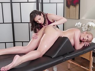 Ass up kneading babe gets will not hear of asshole rimmed out