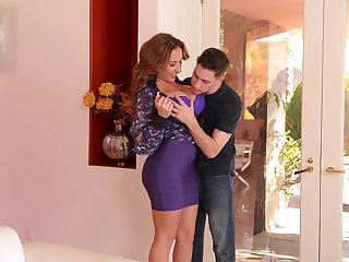 Busty Rich Milf gets a Baloney Abyss Lady-love from their way Young Playbo