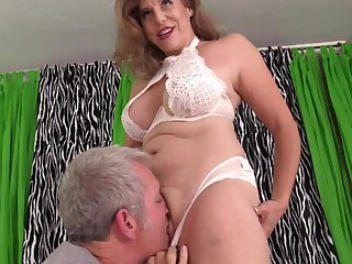 Mature close to big tits, insane porn scenes beyond set