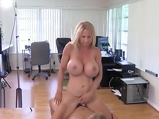 Busty Big Natural Tits Brooke Tyler, Cougar's Pioneering friend