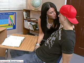 Raven haired Kendra Spade has awesome idea in the air ride dick hopes