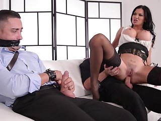 Kinky MILF Jasmine Jae ties in a guy and rides him at the office