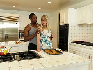 English mature housewife Jamie Foster is brutally fucked wits black radiate