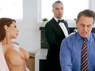 Horny chauffeur is brim about to anal fuck housewife