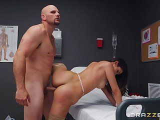 Man with successful cock fucks the naked nurse and cums on their way face