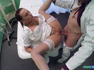 Unsettled babe takes it in both holes during a doctor's third degree