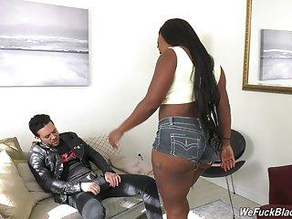Ebony wife Jayden Starr spreads her legs for a white manhood