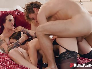 Aroused column share a big dick in hungry threesome