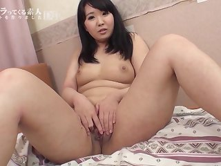 Saki Takayama The Right Nipple Feels It