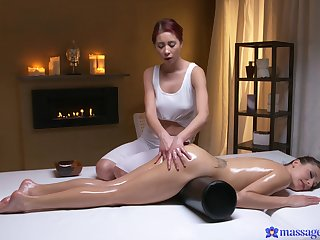 X lesbian fucking on the massage table with Talia Mint