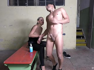 Handsome man enjoys object ass fucked by kinky Julia Parker