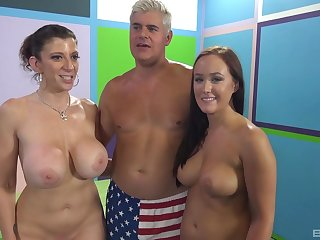 Chubby second-rate Holly Hudson enjoys having sexual congress with horny babes
